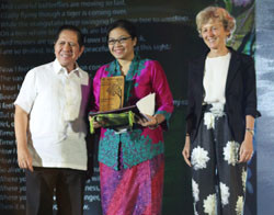 """Diah Widyasari Dardja, from Indonesia, wins the APFW poetry contest with her entry """"Whisper of Rainforest"""""""